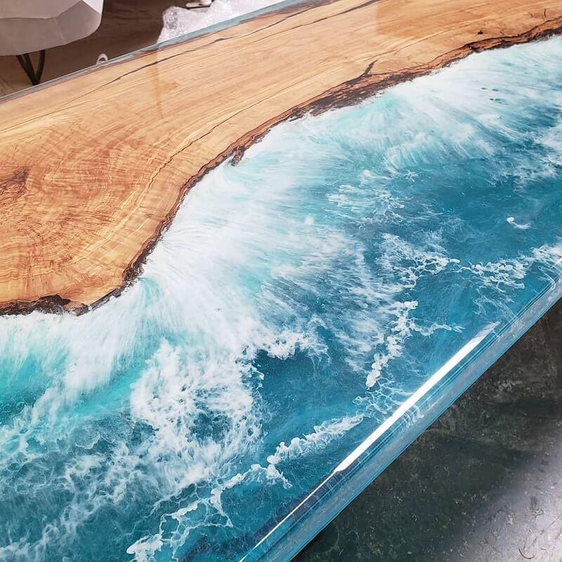 【自宅に海岸!?】エキポシ樹脂で作った家具「オーシャンテーブル」が素敵すぎる