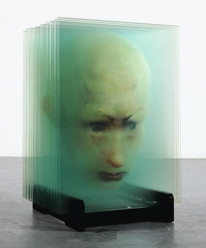 Xia Xiaowan (夏小万) の3D立体ガラスアート