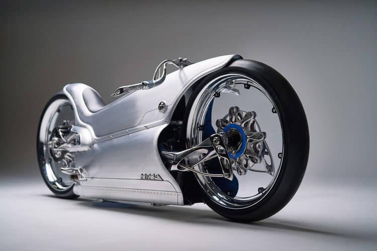 近未来を予感させるスタイリッシュなバイク[Fuller Moto 2029]
