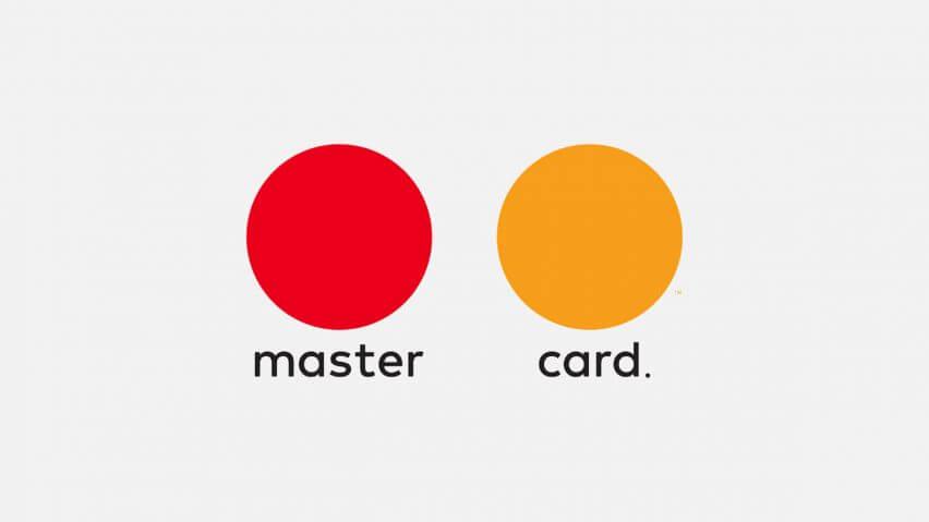 マスターカードのソーシャルディスタンスのアレンジがされた企業ロゴ