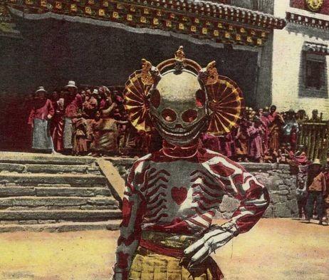 【Tibetan Skeleton Dancers】チベット修道院の僧侶の衣装が異世界の住人