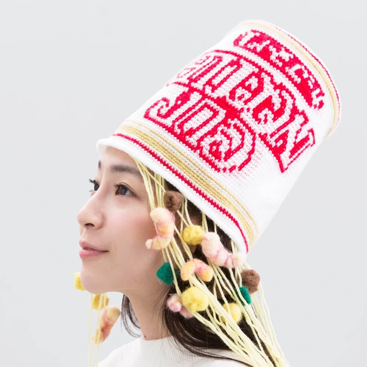 日清カップヌードルの帽子